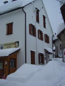 Rifugio Casa Alpina Julius Kugy, Hostely  Malborghetto Valbruna - big - 40