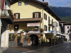 Residence Dalle Case - AbcAlberghi.com