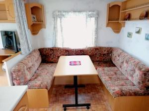 Domek Za Torami