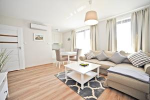 Deluxe Modern Apartment · Victoria Residence