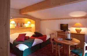 Hotel Les Mélèzes, Hotely  Les Deux Alpes - big - 10