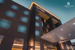 La Quinta by Wyndham Santiago Aeropuerto - Hotel - Santiago