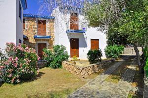 Appartamenti Tanaunella - AbcAlberghi.com