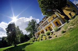 Kastiel Lucivna - Hotel - Lučivná