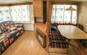Nice home in Legbad w 2 Bedrooms