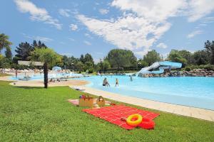 Location gîte, chambres d'hotes Le Ruisseau - EuroParcs dans le département Pyrénées Atlantiques 64