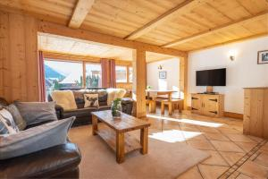Yeti Lodge Chalets - Accommodation - Chamonix