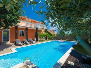 Holiday Home Neja - Hotel - Loborika