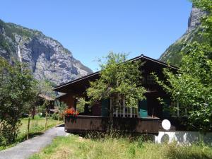 Ferien Cottage Flüehblüemli - Hotel - Stechelberg