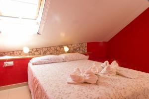 Ático con terraza en Graus-Pirineo de Huesca, Appartamenti  Graus - big - 3
