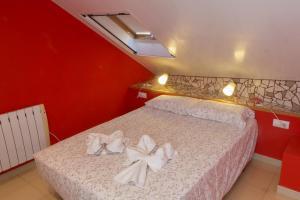 Ático con terraza en Graus-Pirineo de Huesca, Appartamenti  Graus - big - 5