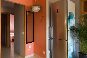 Ático con terraza en Graus-Pirineo de Huesca, Appartamenti  Graus - big - 18