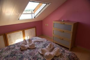 Ático con terraza en Graus-Pirineo de Huesca, Appartamenti  Graus - big - 25