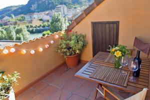 Ático con terraza en Graus-Pirineo de Huesca, Appartamenti  Graus - big - 28