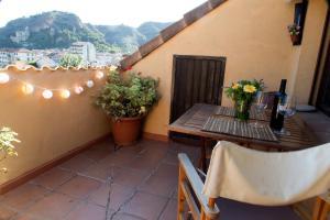 Ático con terraza en Graus-Pirineo de Huesca, Appartamenti  Graus - big - 31