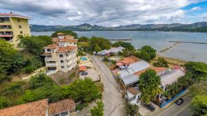 Great Designed Ocean and Mountain view Condo Tres Vista, Dovolenkové domy  Playa Flamingo - big - 35