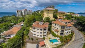 Great Designed Ocean and Mountain view Condo Tres Vista, Dovolenkové domy  Playa Flamingo - big - 36