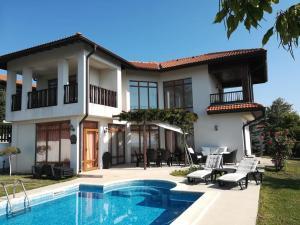obrázek - Villa Margeritha 3 Bedroom mit Privat Pool