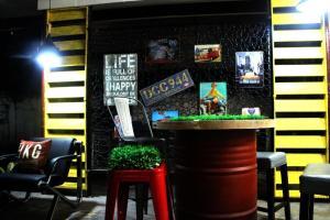 Tropical Breeze Hostel Cebu - Cebu Center