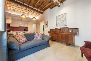 Luxurious Apartment Heart of Trastevere - abcRoma.com