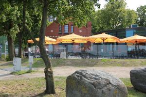 Hotel Hafenresidenz Stralsund, Hotely  Stralsund - big - 49