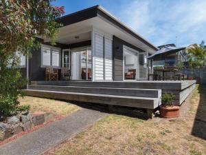 Modern Mount Escape - Mt Maunganui Holiday Home - Hotel - Mount Maunganui
