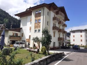 Hotel Aurora - Cavedago