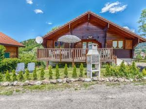 Failrytale Chalet in Lotharingen with Garden - Hotel - St Maurice sur Moselle