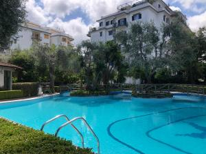 Casa Mami - Luxury Apartment and Pool - Sorrento - AbcAlberghi.com