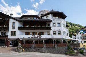 Appartments Peter - Apartment - Colfosco