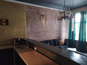 Apartament dwupoziomowy z KLUBEM Sopot Centrum bar projektor
