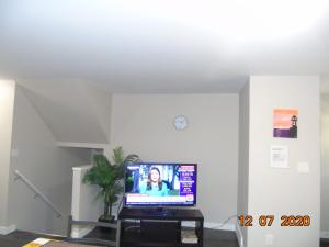 West End Duplex - Lower Unit Apartment