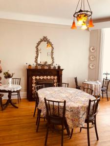 B&B Chez Hubert - Accommodation - Quebec City