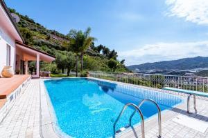 Villa Bouganville - Swimming Pool, Gym & Sauna - AbcAlberghi.com