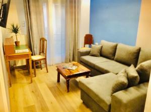 Athens Central Blue Grand Apartment