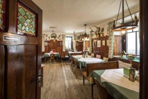 Gasthof Grüner Baum - Hotel - Kirchberg am Wechsel