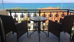 C-view apartments Agistri Greece