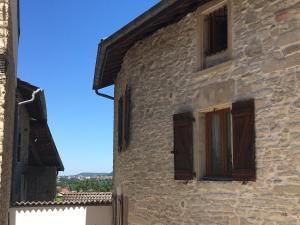 Accommodation in Saint-Alban-de-Roche
