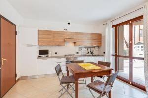 Sol y Mar Apartment - AbcAlberghi.com