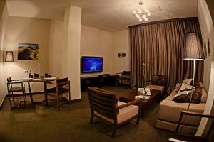 Voyage Hotel, Отели  Караганда - big - 27