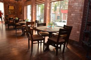 The Lalit Great Eastern Kolkata (4 of 84)