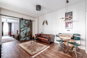 Historical Merchants Apartment In Industrial Spirit Traku str