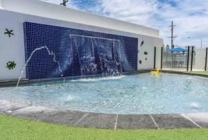 Pool, Tennis, Alexandra Headlands Oceanfront Resort