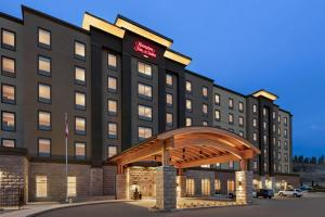 Hampton Inn & Suites Kelowna, British Columbia, Canada - Hotel - Kelowna