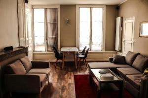 Location gîte, chambres d'hotes Appartement Moderne Troyes centre dans le département Aube 10