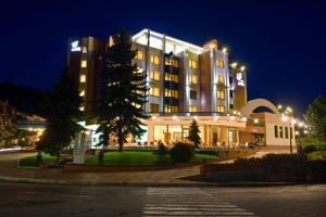 Отель Скалите