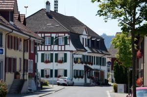 Gasthaus zum Löwen - Oberembrach
