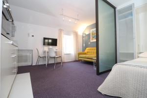 Miro Studio Apartments (10 of 89)