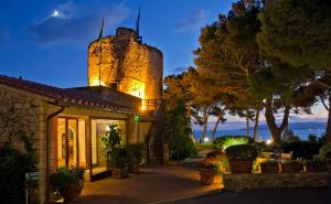 Hotel Torre di Cala Piccola (6 of 54)