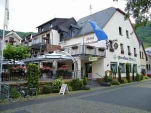Weinhaus Berg - Bremm
